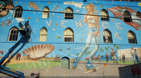 This Doentary By Westland Traveler Don Shows The Process Rip Goes Through To Re One Of His Landmark Murals Also Shares Insight On