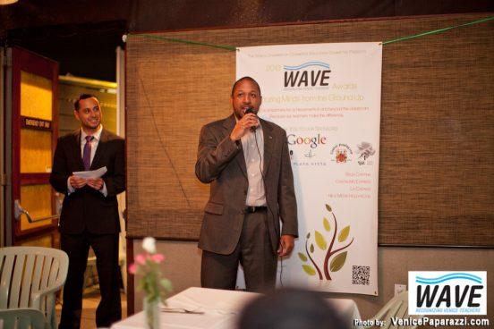 WAVE-VenicePaparazzi.com-215-XL