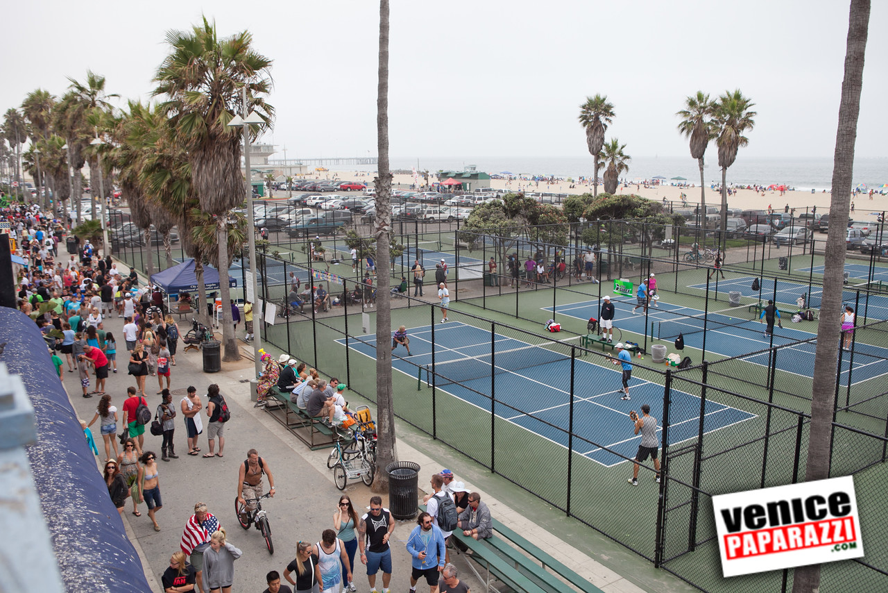 Play a game of paddle tennis – Venice Paparazzi | Venice ...