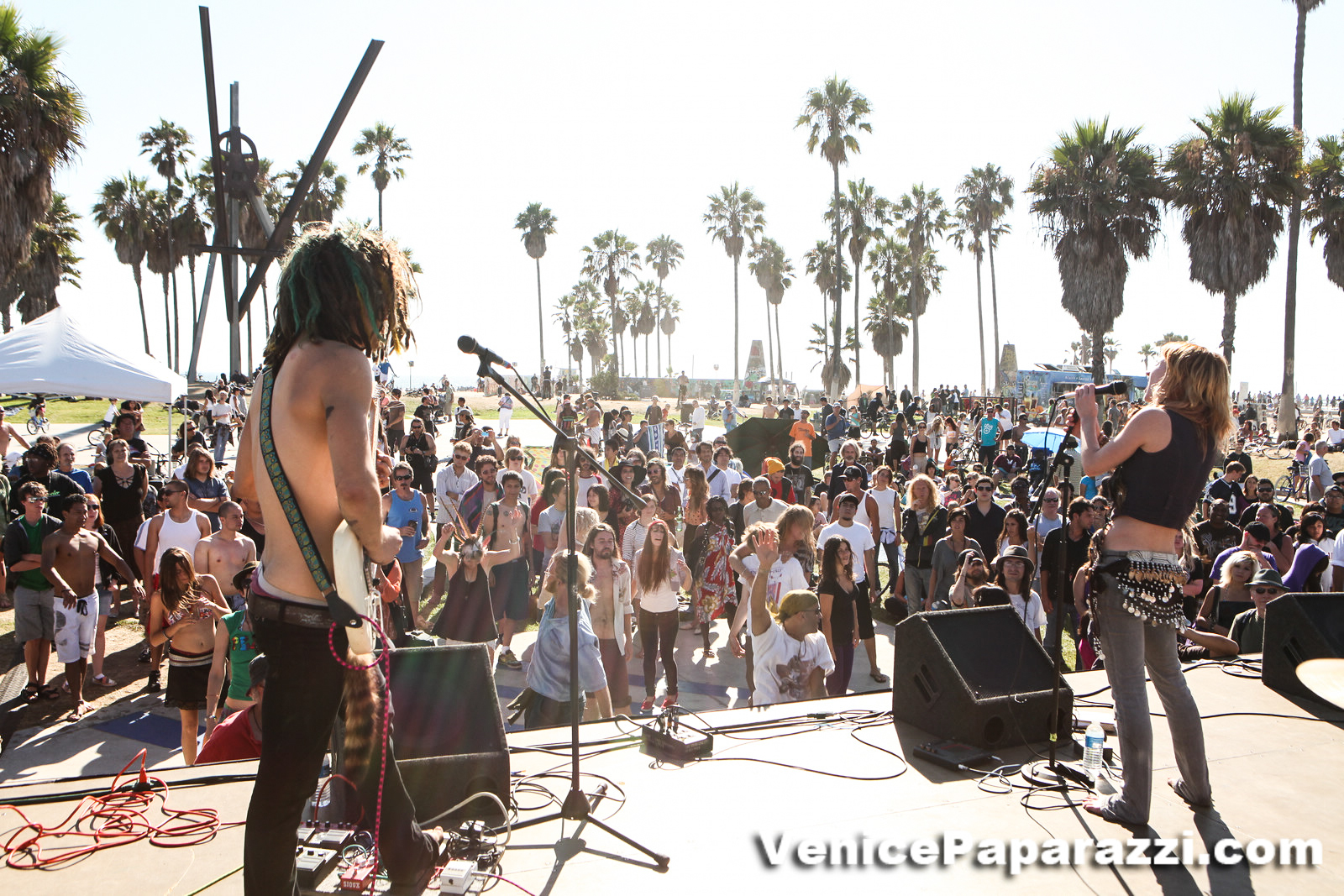 Venice Beach Music Fest 13 Is Proud To Be A Community Partner With The Westside Food Bank Event Will Feature An On Site Canned Drive