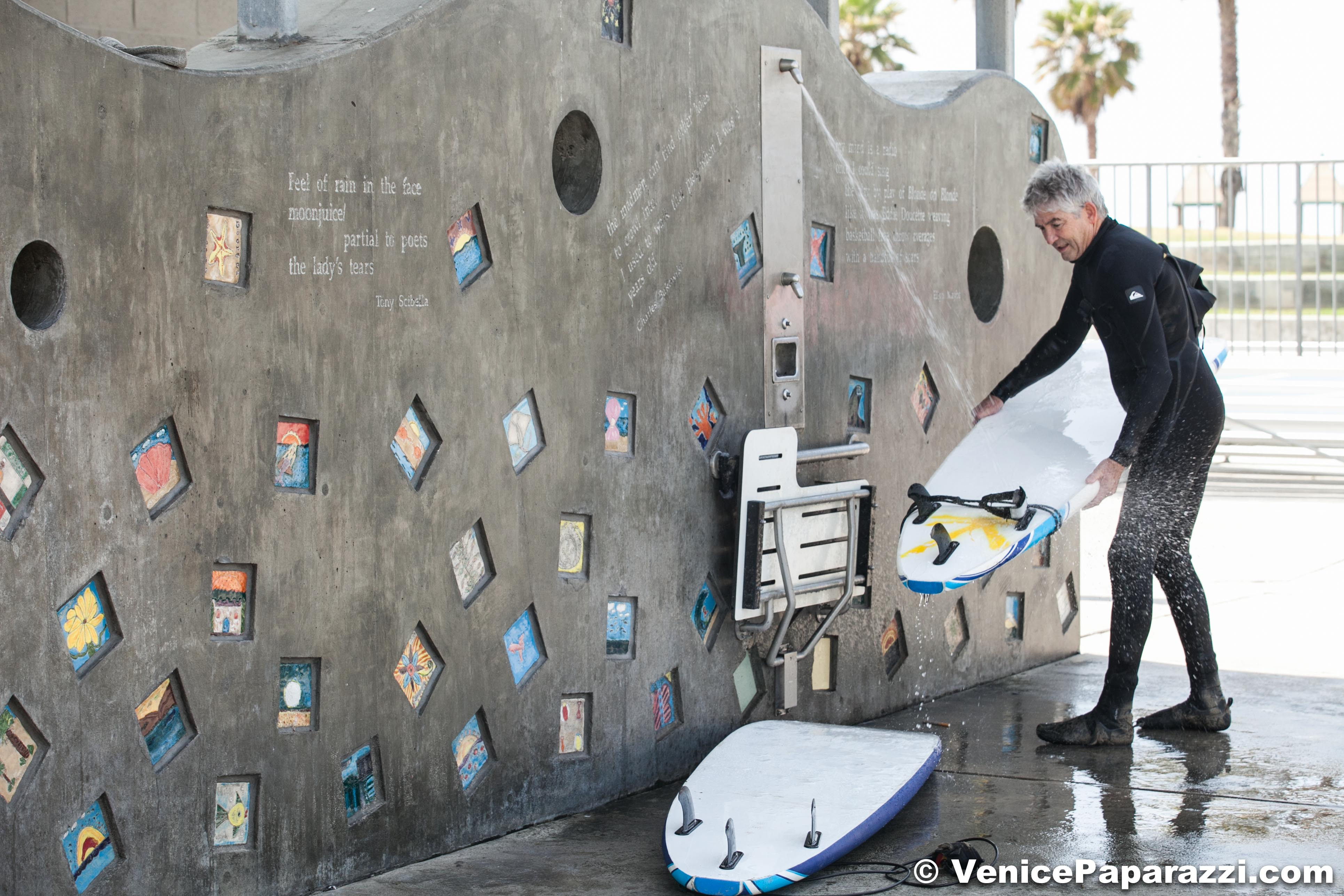 The Venice Beach Poet S Monument Includes Main Wall Located On Recreation And Parks Lapd Substation Building Three Public